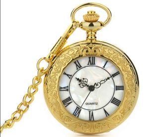 Fashion Design Quartz Movement Pocket Gift Golden Watch pictures & photos
