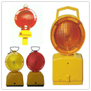 LED Solar Powered Safety Barricade Warning Signal Light pictures & photos