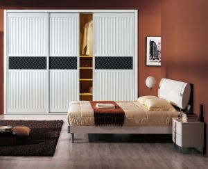 China Customer Made Melamine MDF Bedroom Wardrobe with Groove Sliding Door