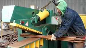 Metal Hydraulic Scrap Steel Bar Cutting Machine pictures & photos
