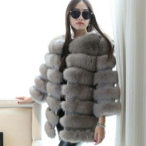 Fashion Large Popular Silver Fox Fur Coat pictures & photos