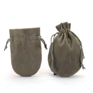 2016 Cheap Grey Drawstring Jewelry Velvet Pouches (CVB-1106) pictures & photos