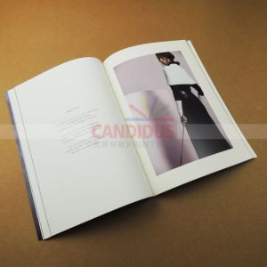 Sewing Bound Magazine Book Catalog Printing pictures & photos