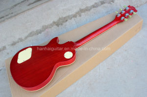 Hanhai Music/Lp Style Electric Guitar with Dark Yellow Body pictures & photos