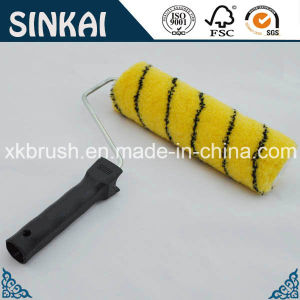 Best Paint Roller with Black Tip Yellow Cover pictures & photos