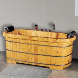 Lignum Cedrium Bathroom Furniture SPA Soaking Bath Hot Tub (NJ-030) pictures & photos