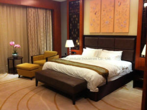 Chinese Style Wooden Bedroom Set Furniture pictures & photos