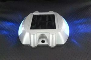 Solar Powred LED Flashing Road Marker Pavement Light pictures & photos