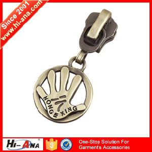 24 Hours Service Online High Quality Cord Zipper Puller pictures & photos