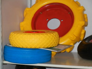 High Quality Flat Free PU Wheel (400-8) pictures & photos