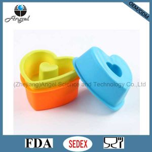 Silicone Bakeware Baking Pan with Heart Shape FDA Approved Sc05 pictures & photos