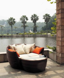 Patio Furniture Outdoor Wicker Chaise Sun Lounge Bed pictures & photos