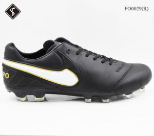 High Quality Brand Soccer Shoe for Men Sports Shoes pictures & photos