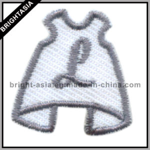 Cute Garment Design Embroidery Patch with Customer Logo (BYH-101123) pictures & photos