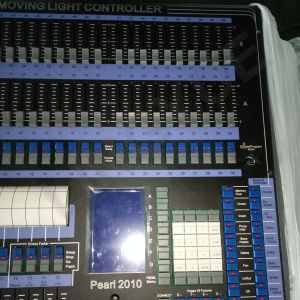 CE RoHS Colorful 2010 DMX Lighting Controller pictures & photos