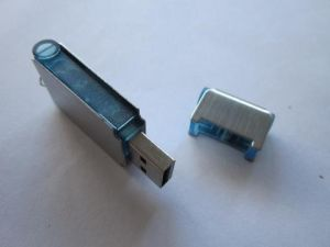 Promotional High Quality Plastic USB Flash Drive (OM-P128) pictures & photos