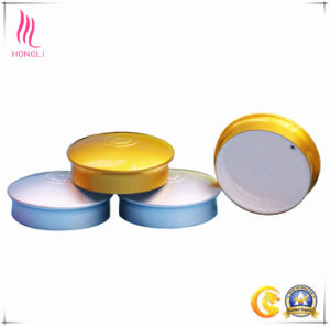 Different Sizes of Screw Cap for Cosmetic Bottle pictures & photos