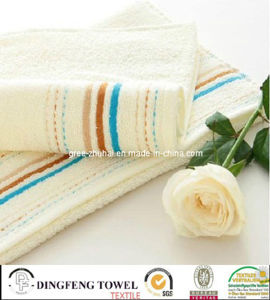 100% Combed Cotton Terry Towel with Satinborder pictures & photos