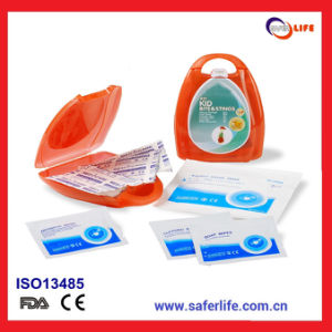 Mini Promotional Medical Gift First Aid Kit for Child Bite and Stings pictures & photos