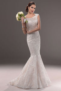 Women′s Ivory Boat Neck Beading Mermaid Lace Evening Dress (SCL-WD031)
