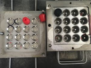 Rubber Mold for Rack Foot pictures & photos
