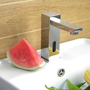 Sensor Mixer Tap, Automatic Faucet, Touchless Sensor Tap pictures & photos
