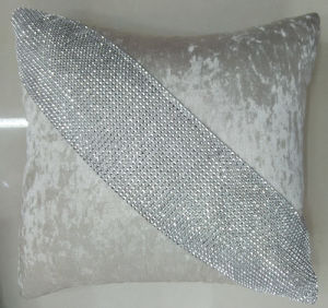 Hand-Made Decorative Cushion Hand-Sewing Diamond-Tape Pillow (XPL-22) pictures & photos