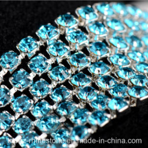 2mm/2.5mm/2.8mm/3mm/3.5mm Strass Close Cup Chains (TCS-2.5mm aquamarine) pictures & photos