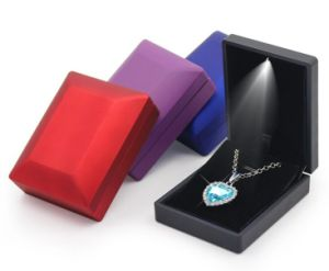 Fashion Jewellry Presentation Boxes with LED Lights pictures & photos