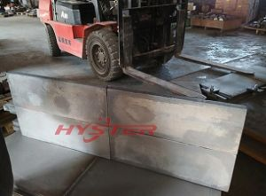 Professional Manufacture of Bi-Metallic Wear Plate 63HRC for Oil Sand Hopper pictures & photos