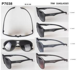 Latest Popular Design Wholesale Stock Tr90 Fashion Sunglasses P7038 pictures & photos