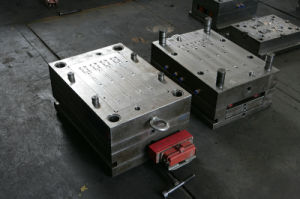 Plastic Injection Mould for Textile Machinery pictures & photos