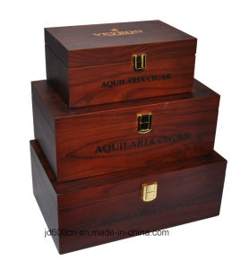 Wooden Box/Delicate Customized Box/Decorations Box pictures & photos