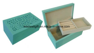 Green High Gloss Carving Wood Jewelry Gift Box Packaging Box pictures & photos