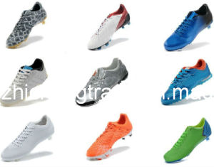 2014 Fasion and Cheaper Outdoor Soccer Shoe