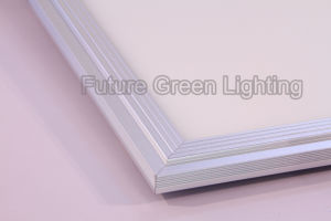 High Quality LED Panel Light for Home and Commerical Use pictures & photos