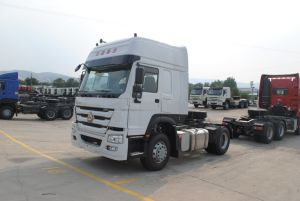 Sinotruk 6X4 Right/Left Hand Driving HOWO 371HP Tractor Truck (ZZ4257S3241W) pictures & photos
