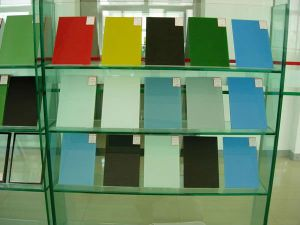 3mm to 6mm Toughened Lacquered Glass pictures & photos