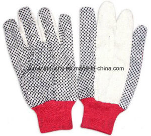 PVC Dotted Gloves with Red Cuff Xwd6 pictures & photos