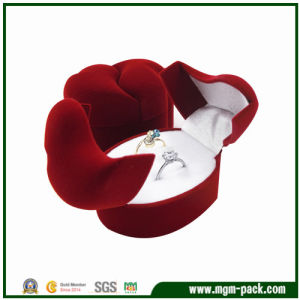 Elegant Christmas Double Covers Heart Plastic Ring Box pictures & photos