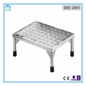Ce ISO Approved Metal Step Stool pictures & photos