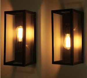 Metal Wall Lamp with Glass Shade (WHW-915) pictures & photos