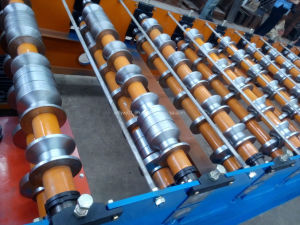 Trapzoidal Metal Roof Tile Making Roll Forming Machine Price pictures & photos