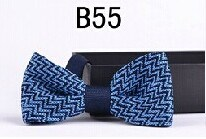 New Design Fashion Men′s Knitted Bowtie (B55) pictures & photos