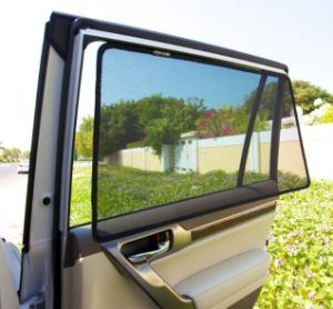 Custom Made Magnetic Car Sunshade pictures & photos