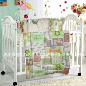 Baby Comforter Set with Different Deaigns and Colors pictures & photos