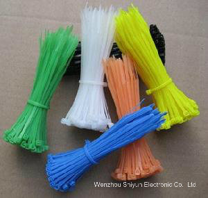 Self-Locking Cable Ties 350 X 4.8mm pictures & photos