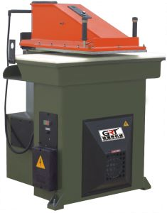 Sandpaper/Abrasive Paper Cutting Machine /Clicker Press pictures & photos