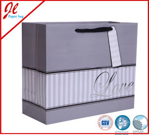 Silver Sparkling Love Wedding Gift Paper Bags with Hang Tag pictures & photos