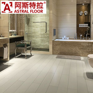 Hot Selling Wear-Resistance Anti-Slippery WPC Vinyl Flooring pictures & photos